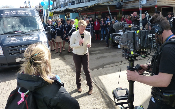 BBC presenter Clare Balding announces the arrival of the Oxford Women on the Embankment.