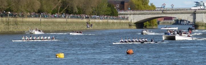 The Women's Boat Race, a few strokes in.