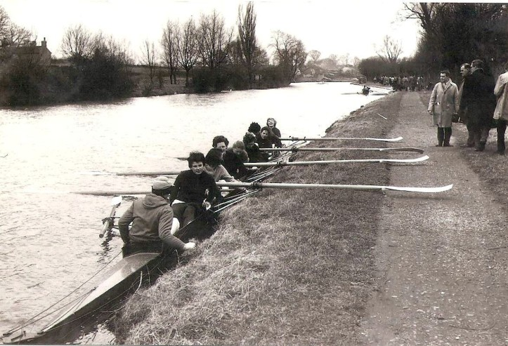 1962 crew at the Ditch after the bumps race.