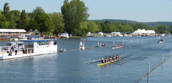 Pic 2. The Temple Challenge Cup: Universite de Lyon, France, beat Eton College 'A'.