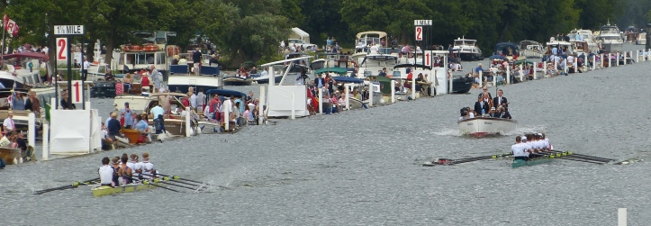 Pic 2. As the indicator boards show, clear water was established early in the race.