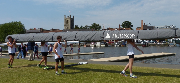 Pic 3. Bedford Modern School, defeated by Shiplake College in the Princess Elizabeth 45 minutes after the start of the regatta, suffer the indignity of removing their boat early.