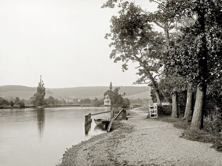 Pic 4. Temple Island and the Barrier, 1880.