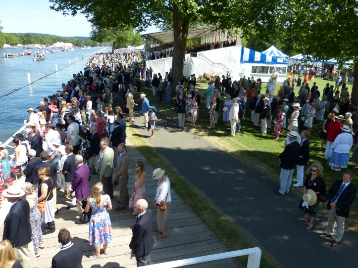 Pic 4. The Regatta strands for the one-minute silence.