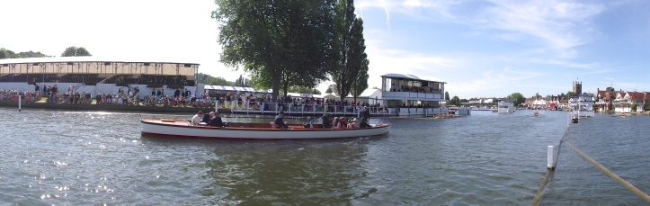 Pic 6. A panoramic view of Molesey beating Leander in the Princess Grace. (Like all HTBS pictures, click on them to enlarge.)