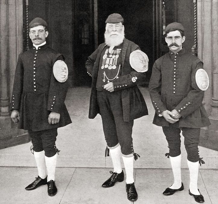 Pic 7. I like any excuse to reproduce this photograph yet again. From left to right: J. J. Turferry (winner in 1900), W. H. Campbell (1850), A. H. Brewer (1901).