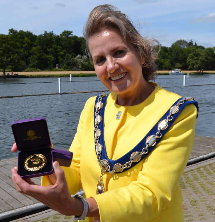 Pic 8. The Mayor of Henley-on-Thames, Councillor Hillier, who presented the winners with their medals.