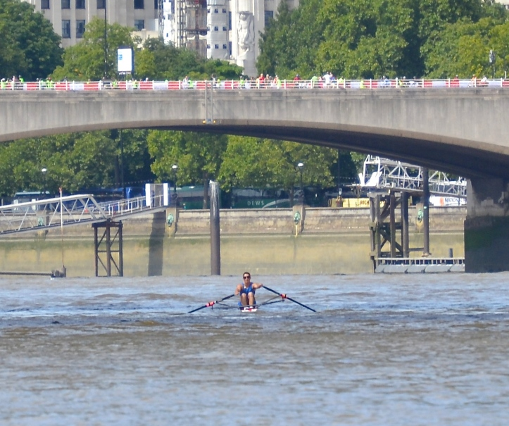 Pic 10. Pettipher approaching Waterloo Bridge.