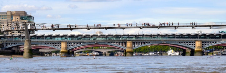 Pic 8. At the Millennium Foot Bridge, left to right, Folkard (green), Maynard (light blue) and Pettipher (dark blue). As with all HTBS pictures, click to enlarge.