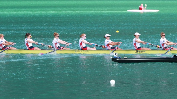 U.S. Women took their ten consecutive World and Olympic titles. Photo: FISA.
