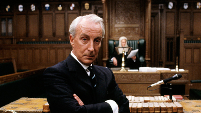 Francis Urquhart was played by Ian Richardson.