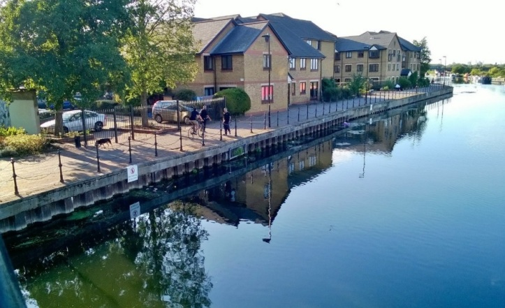 Current 2015 view of Radleys Lea Dock Boatyard site.