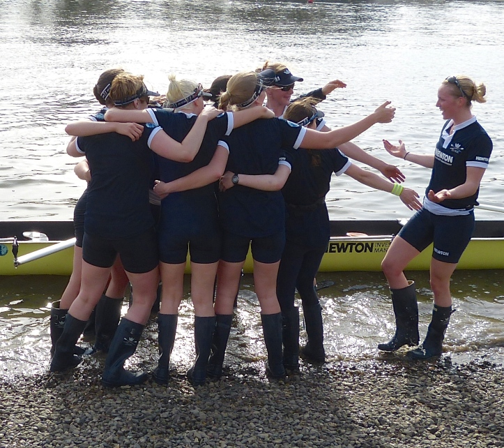 Pic 3. 'Come and join us'. The victorious 2015 Osiris crew.