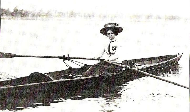 Pic 17. A wonderful (if frustratingly small) picture from the Australian Rowing History site. http://www.rowinghistory-aus.info/rowing-associations/rowing-australia/02-womens-council.html It is dated 1901 and shows Cassie McRitchie in the scull she used to win the Inaugural Women's Interstate Sculling Race. Did she race in that hat?