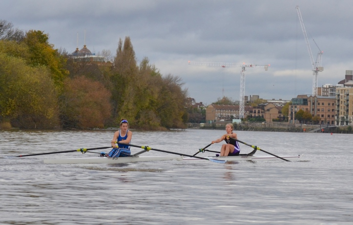 Pic 7. Hodgkins-Byrne crosses in front of Francis. The parallax error inherent in most side by side rowing pictures and the compression effect of a long lens probably make this situation look worse than it was.