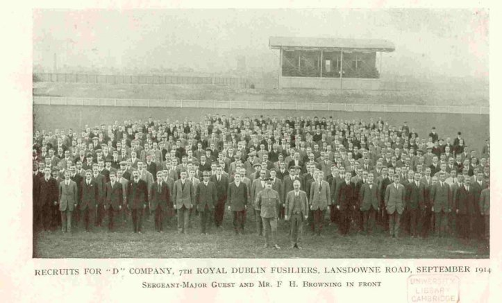 A photograph of the Dublin Pals at the home of the Irish Rugby Football Union before they set off for training at the Curragh. Where's Ernest? Photo: University Library, Cambridge.
