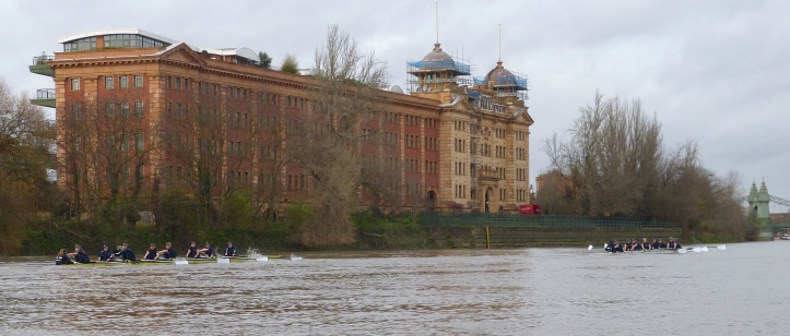 Pic 10. By Harrods, no one in the press boat had much doubt who would reach Chiswick Bridge first.
