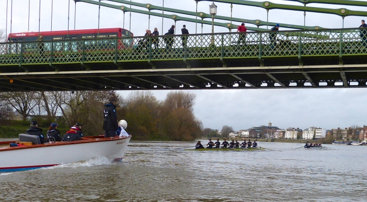 Pic 11. In the men's race, 80% of the crews first to Hammersmith Bridge go on to victory.