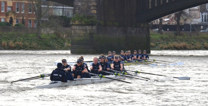 Pic 17. At Barnes Bridge, it is clear who is now enjoying the race and who is not.