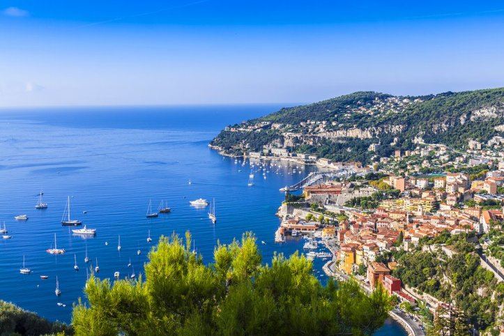 coast line of Nice