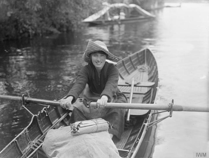 River post woman by Horace Nicholls © IWM Q 30842 (Imperial War Museum).