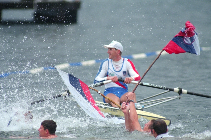 Tampere Kaukajaervi, FINLAND. Single Scull World Champion Iztok COP competing at the 1995 World Rowing Championships - Lake Tampere, 08.1995..[Mandatory Credit; Peter Spurrier/Intersport-images] ..