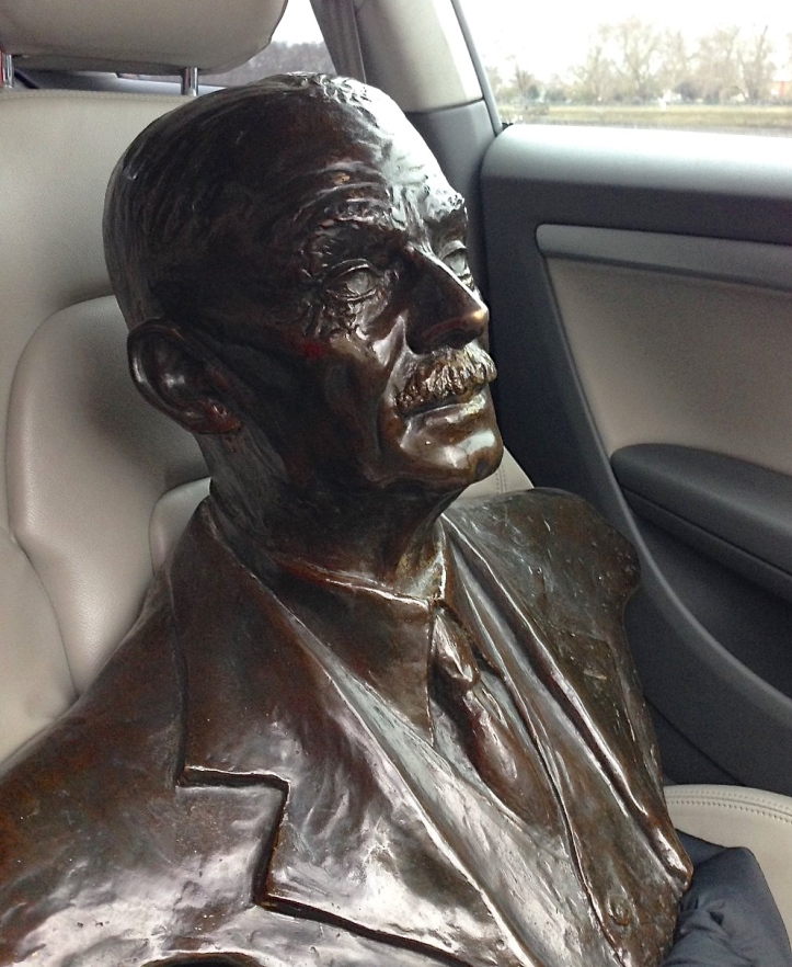 Pic 2. Steve goes to the Oxford Brookes Dinner. This bronze bust of Fairbairn by George Drinkwater goes to the overall winner of the Head of the River Race. Picture: @OBUBC.