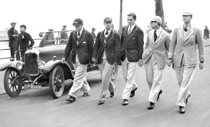 Pic 3. Tideway Week 1930. Young gentlemen from both universities stroll along the Embankment. Rowing kit was only for wearing in the boat.