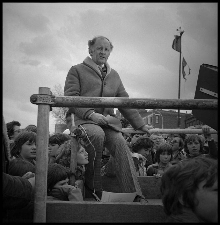 Legendary British sports commentator, Frank Bough, broadcasting from the Boat Race start sometime in the 1970s. Picture: Roger Clark.