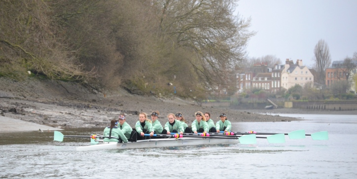 Pic 5. Blondie, the Cambridge Women's Reserve Boat, on the Hammersmith bend.