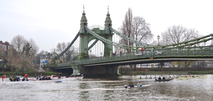 Pic 7. The Cambridge trial crews and the following entourage at Hammersmith.