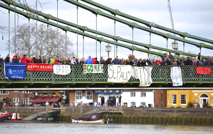 Pic 8. Supporters on Hammersmith Bridge. The two banners on the left are presumably for Xi An Jiaotong University from China.