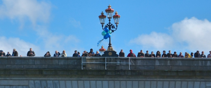 Pic 10. Spectators on Putney Bridge.