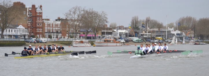 Pic 1. The 2016 Oxford-Cambridge Veterans' Boat Race shortly off the start.