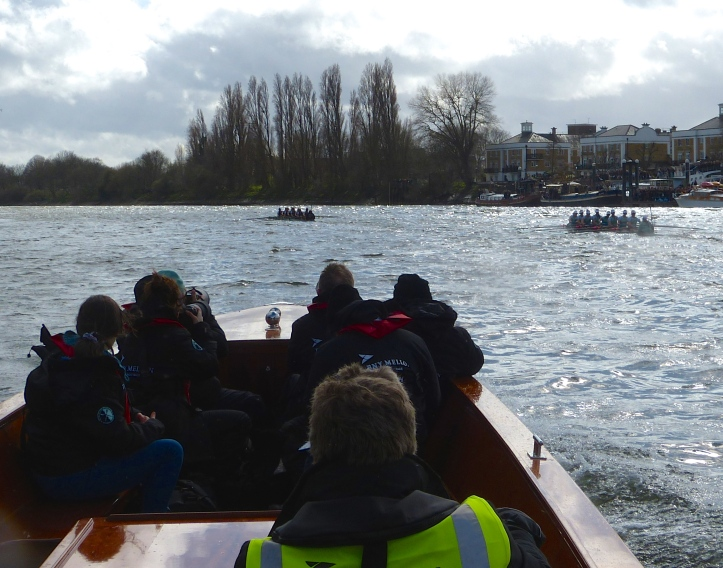 Pic 13. + 13 min 43 sec: From above the Eyot, Oxford started to pull away and had a two-length lead at Chiswick Pier.