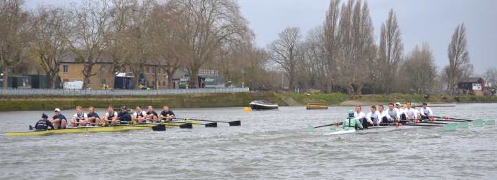 Pic 2. Approaching the end of Putney Embankment.