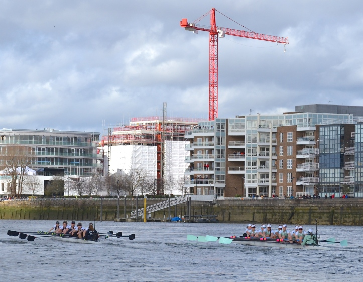 Pic 4. + 5 min 28 sec: At this point, Oxford were six seats up and, as the crews approached Harrods, just downstream of Hammersmith Bridge, they had stretched out their lead to around three quarters of a length.