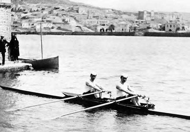 The German double scull with Berthold Küttner and Adolf Jäger. The photographer Albert Meyer from Berlin shot this picture in Neo-Phaleron, where the rowing events should have taken place. On this particular day the sea was calm. Photo: Journal of Olympic History.