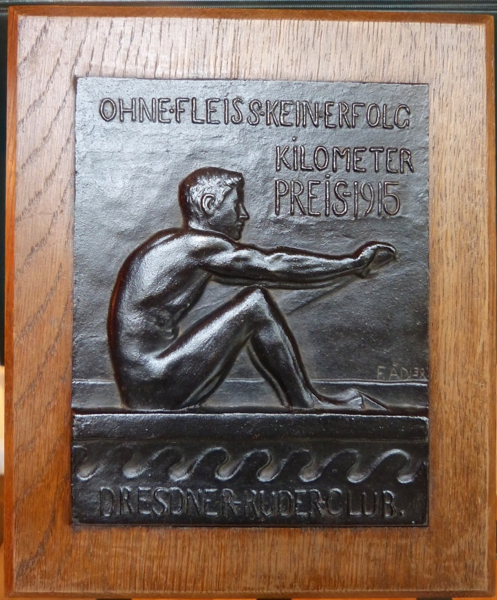 Pic 1. The 'Kilometer Preis' ('Kilometre Prize') for 1915 given by Germany's Dresdner Ruder-Club (Dresden Rowing Club) to the member that sculled the greatest total distance during that year.