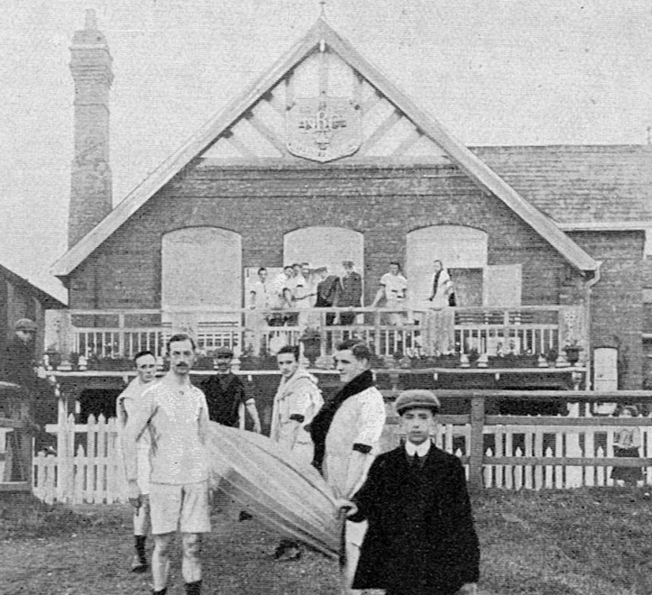 Pic 1. Members of Nottingham Rowing Club captured by a photographer from The Bystander magazine in 1911.