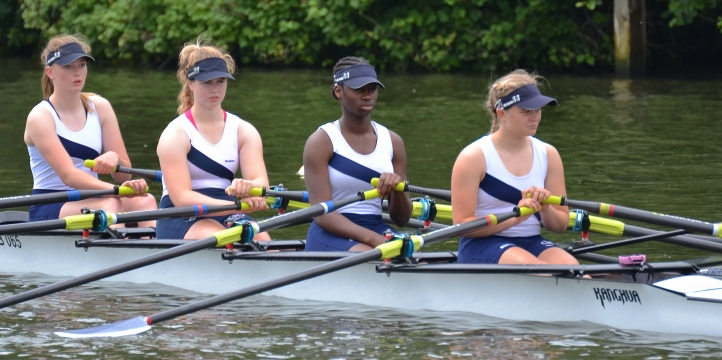 Globe RC on the start for their race against Headington School in a semi-final of J16 Quads. The School won by 3 lengths.