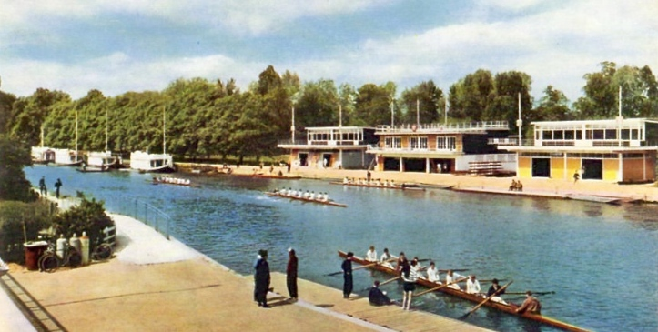 This picture is probably from the early 1960s – when there was still a mix of boathouses and barges along Christ Church meadow. As it shows the last boathouse nearest to Folly Bridge as that of Brasenose and Exeter, it is certainly pre-1964 as it was in that year the Jesus/Keble and the Corpus Christi/St John's boathouses were built to the left of the Brasenose/Exeter building as viewed here.