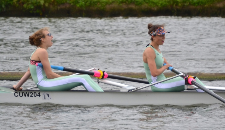 Elite Lightweight Coxless Pairs - Cambridge University Womens BC beat Lea, verdict Easily.