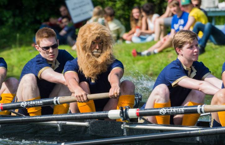 A member of First and Third Boat Club gets into the spirit of things. Photo: Giorgio Divitini.
