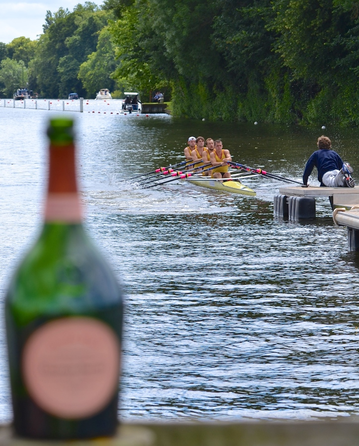 No Champagne for the Czechs who lost to Leander Club by 3 3/4 lengths.
