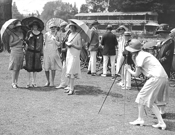 Flappers in the Enclosure in the 1920s.