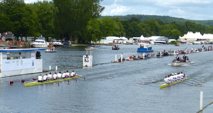 Less than ten strokes from the finish, Nereus row to apparent victory over Leander in the final of the Ladies' plate.
