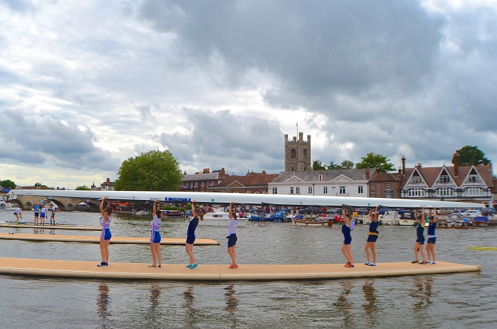 Oxford University Women's Boat Club and Reading Rowing Club.