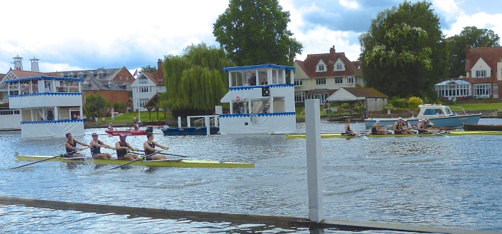 Thames cross the line as Cal stop dead.