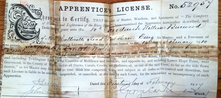 FE Walker's 'Apprentice's License', dated 1907. This seems to allow him to work without supervision at the discretion of his Master.